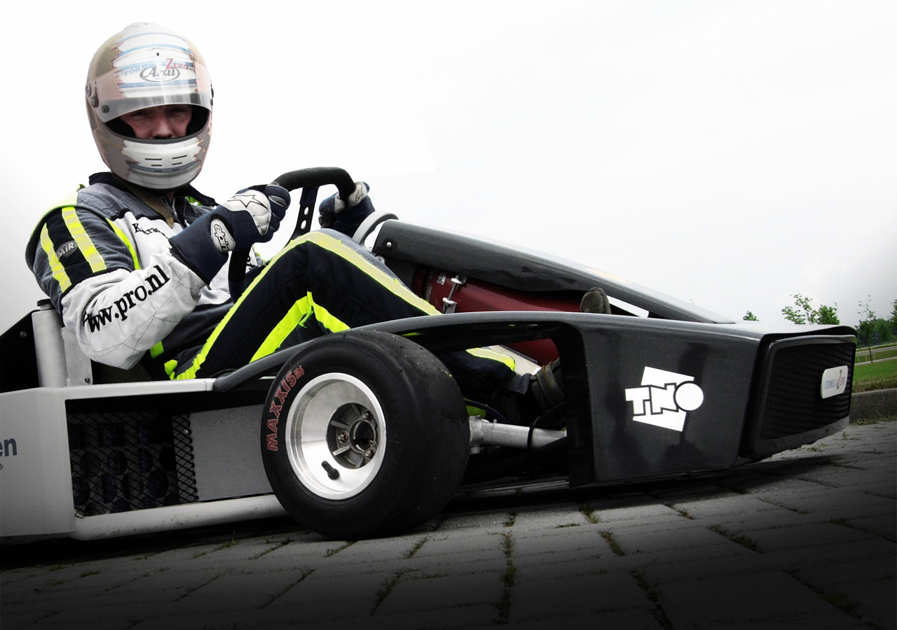 Fuel-cell race kart