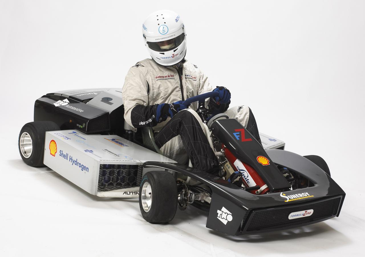 Fuel-cell race kart