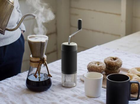 coffee-grinder-kitchen